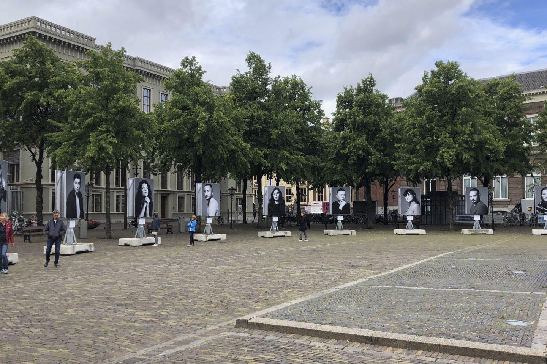 Tijdelijk monument op het Plein in Den Haag © Studio L A